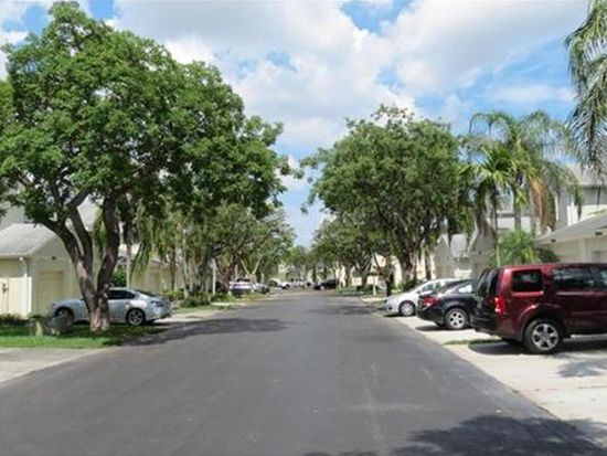 11850 SW 99th Ln, Miami, FL 33186