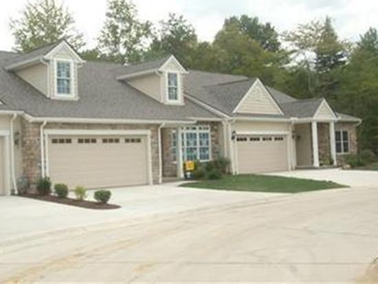 1008 Cutters Creek Dr, South Euclid, OH 44121
