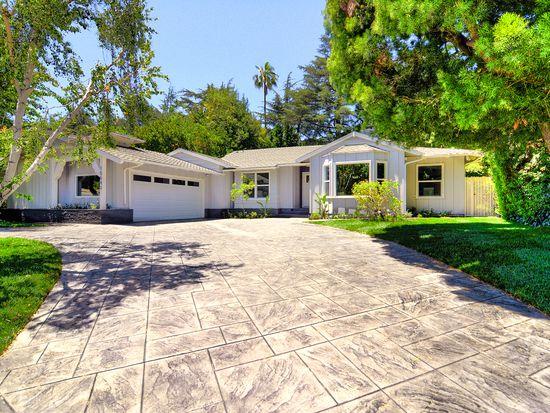 15643 Woodfield Pl, Sherman Oaks, CA 91403
