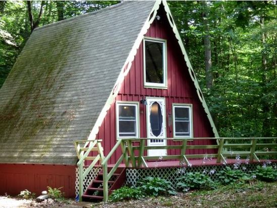 44 Mountain View Rd, Putney, VT 05346