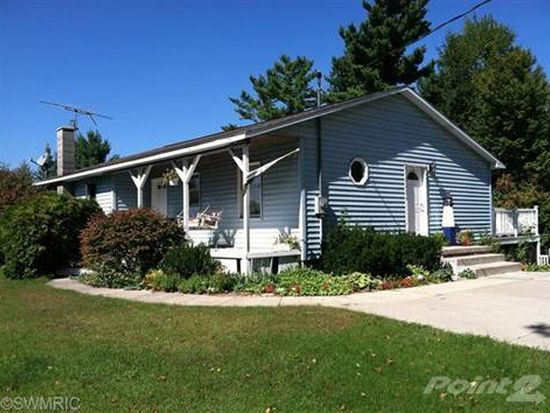 20060 8 Mile Rd, Stanwood, MI 49346