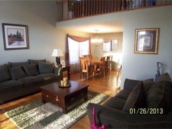 1540 Stockton Ln, Crystal Lake, IL 60014