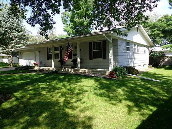 165 30th Street Ct, Marion, IA 52302