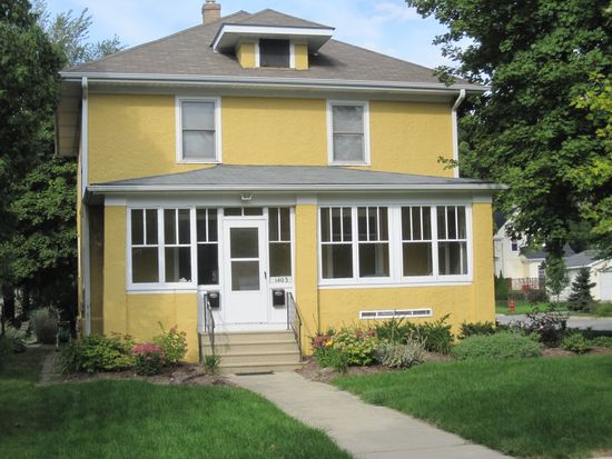 1403 S 2nd St, Saint Charles, IL 60174