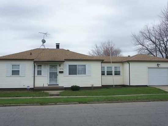 2906 Ford St, South Bend, IN 46619
