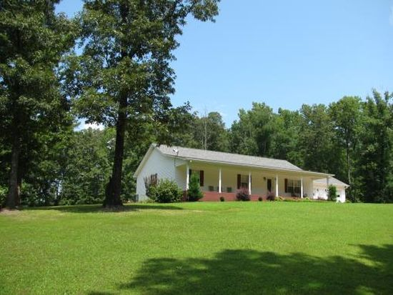 215 Lodge Ln, Savannah, TN 38372