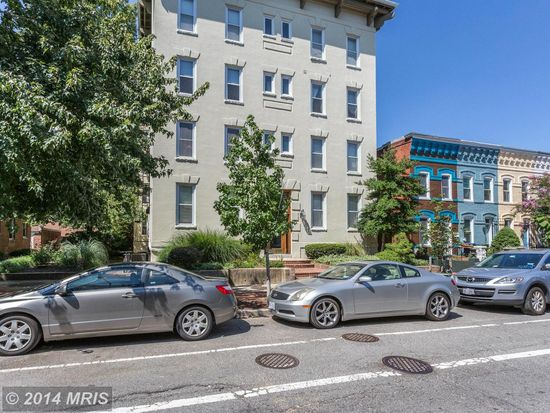 676 4th St NE APT 301, Washington, DC 20002