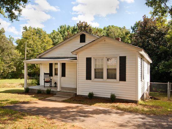 109 Benson St, Simpsonville, SC 29681