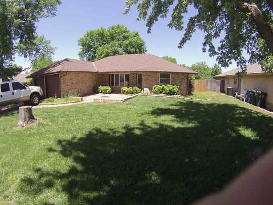 115 Orchard Dr, Midwest City, OK 73110