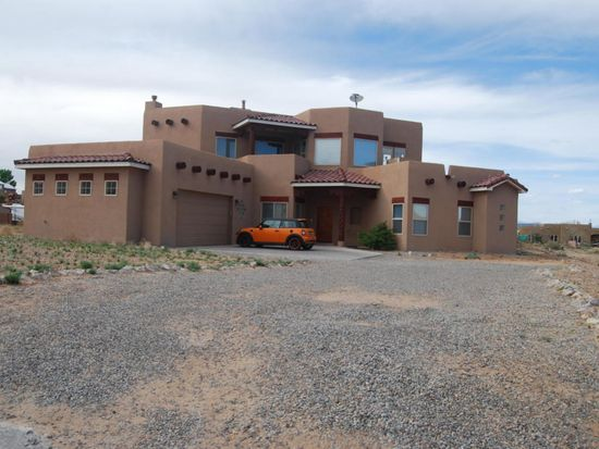 7033 Kalgan Rd NE, Rio Rancho, NM 87144