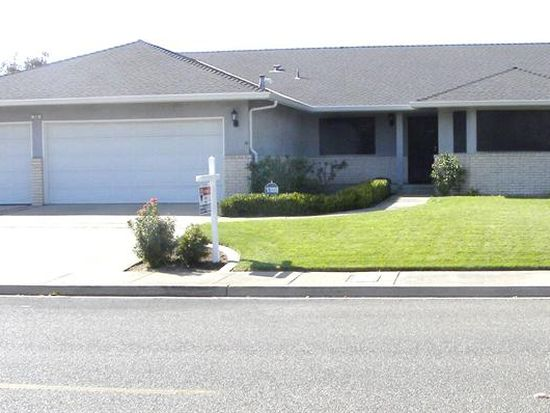 58 Willowood Dr, Oakdale, CA 95361