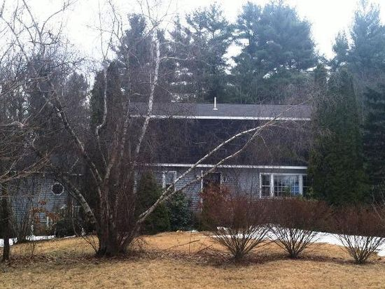 24 Forest St, Windham, NH 03087