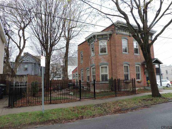 29 E Harrison St, Saratoga Springs, NY 12866