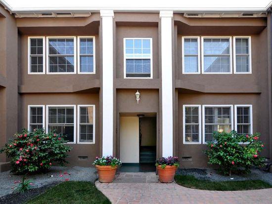 15036 Dickens St, Sherman Oaks, CA 91403