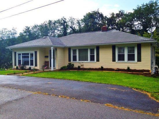 1928 Kimball Ave, Bluefield, VA 24605