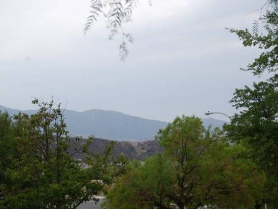 29145 Mammoth Ln, Canyon Country, CA 91387