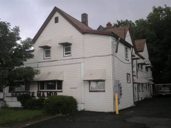 15111 Broadway Ave APT 6, Maple Heights, OH 44137