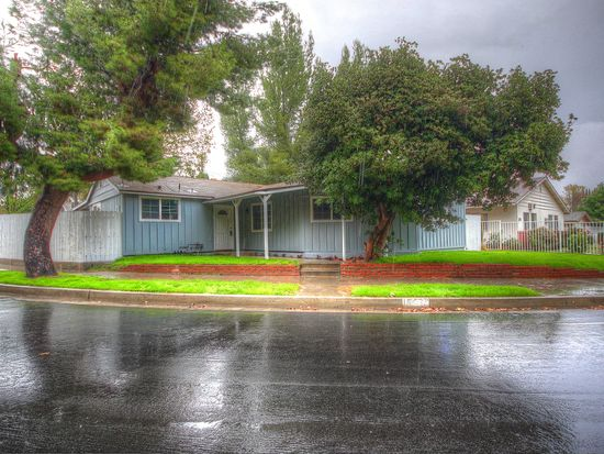 16527 Mckeever St, Granada Hills, CA 91344