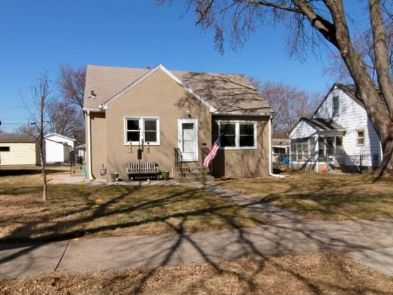 852 4th Ave S, South St Paul, MN 55075