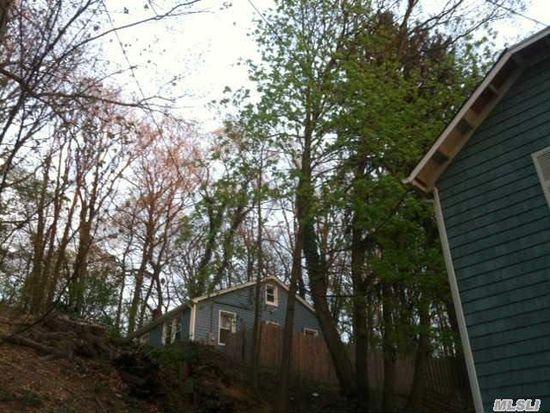 28 Pine Dr, Oyster Bay, NY 11771