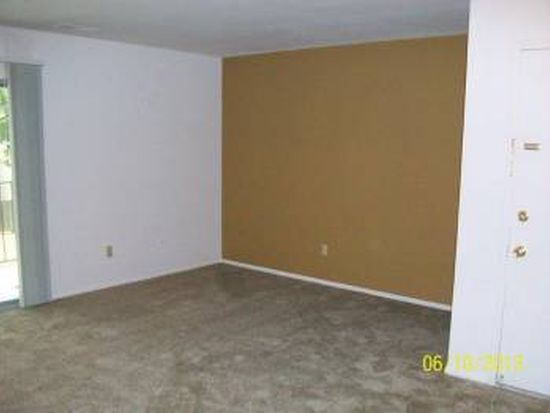 5142 Winterberry Dr APT C, Indianapolis, IN 46254