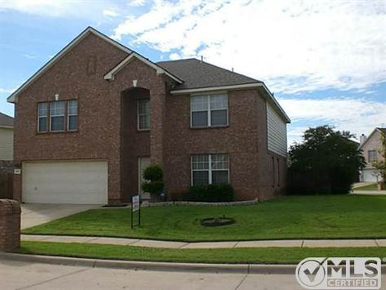 237 Lincoln Ln, Crowley, TX 76036