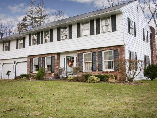 52 Woodberry Rd, New Hartford, NY 13413