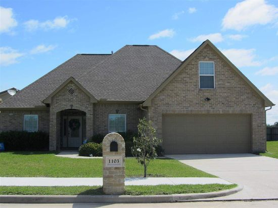 1103 Cypress Wood Dr, Orange, TX 77630