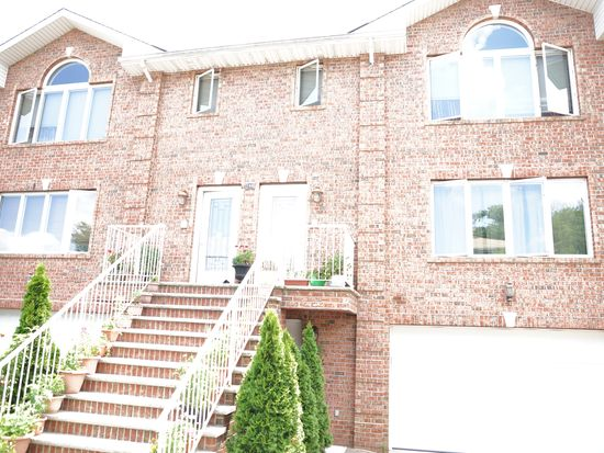 744 Mile Square Rd, Yonkers, NY 10704