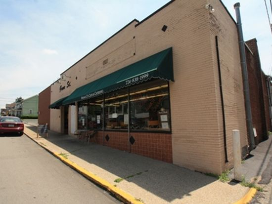 612 Grove St, Greensburg, PA 15601