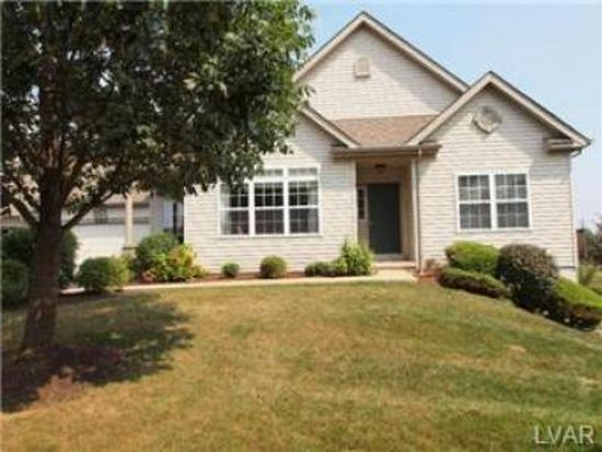 2887 Donegal Dr, Macungie, PA 18062