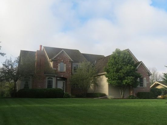10745 Bull Valley Dr, Woodstock, IL 60098