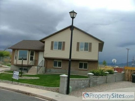6351 W Grecian Dr, West Valley, UT 84128