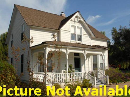 215 Oakland St, Aurora, CO 80010