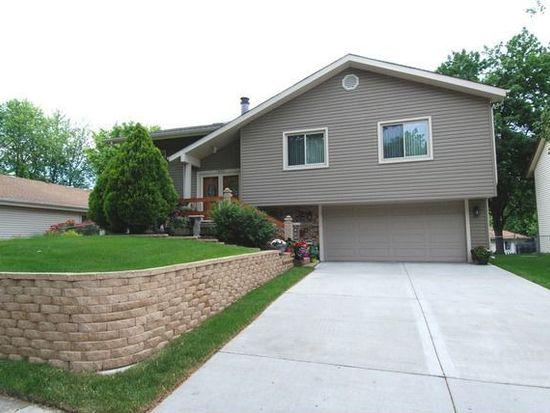 1630 E Andover Dr, Hanover Park, IL 60133