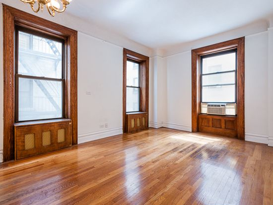203-205 W 54TH St, New York, NY 10019