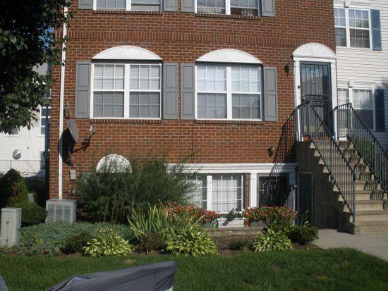 274 Matthews Dr, Newark, NJ 07103