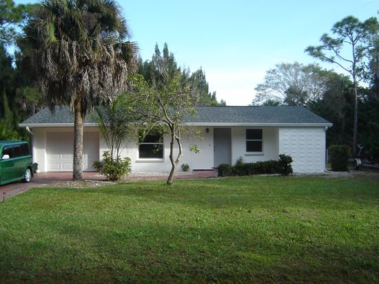 3468 Citrus St, Saint James City, FL 33956