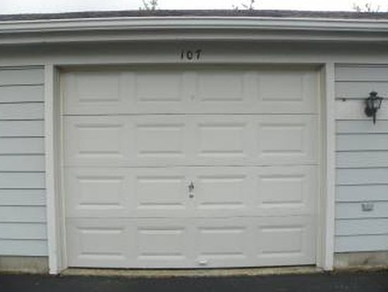 7560 Shawnee Ln APT 249, West Chester, OH 45069