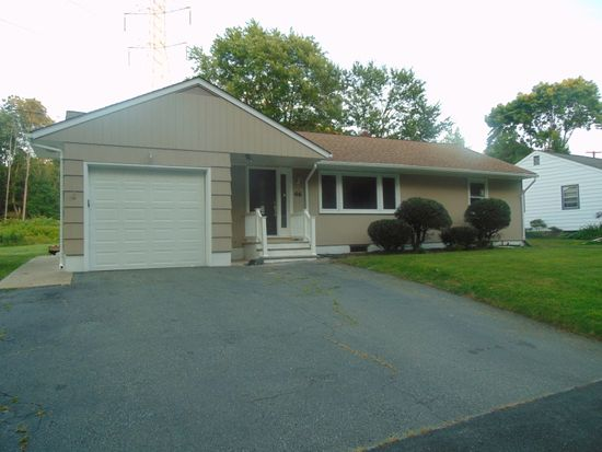 46 Canfield Ave, Mine Hill, NJ 07803
