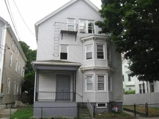 63 Warren St, Fall River, MA 02721