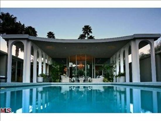 800 E Granvia Valmonte, Palm Springs, CA 92262