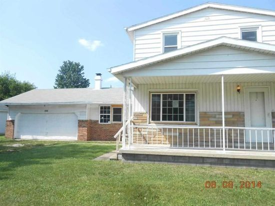 2808 Taylor St, Fort Wayne, IN 46802