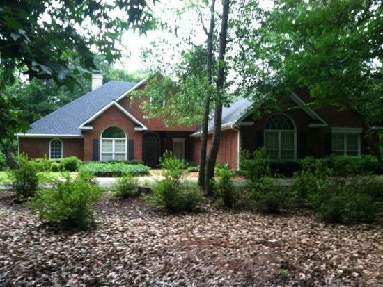 1307 Grist Mill Dr, Phenix City, AL 36867