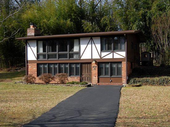 3406 Cypress Dr, Falls Church, VA 22042