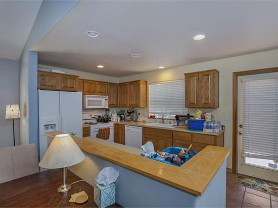 2375 NW Monterey Pines Dr, Bend, OR 97701