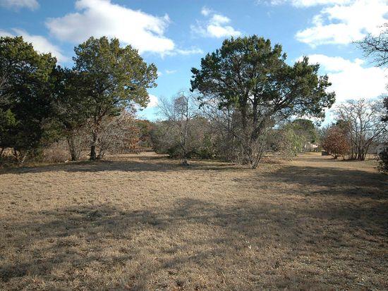 1240 Autumn Oaks Cir, China Spring, TX 76633