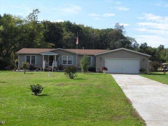 619 Greenwood Dr, Grove City, PA 16127