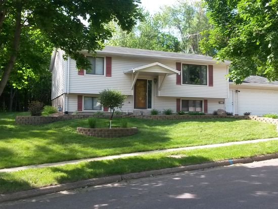 1020 N Lowell Ave, Sioux Falls, SD 57103