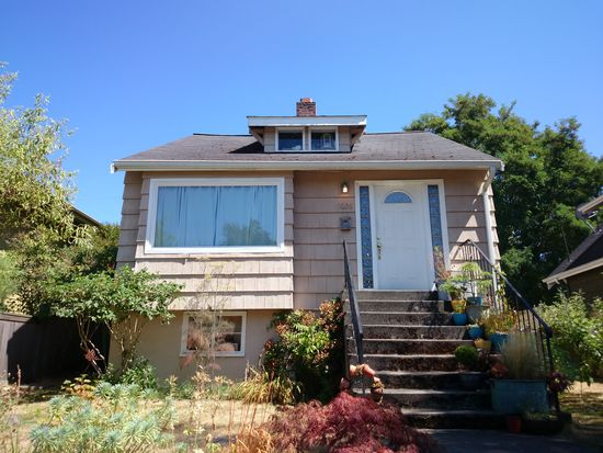 5026 47th Ave SW, Seattle, WA 98136